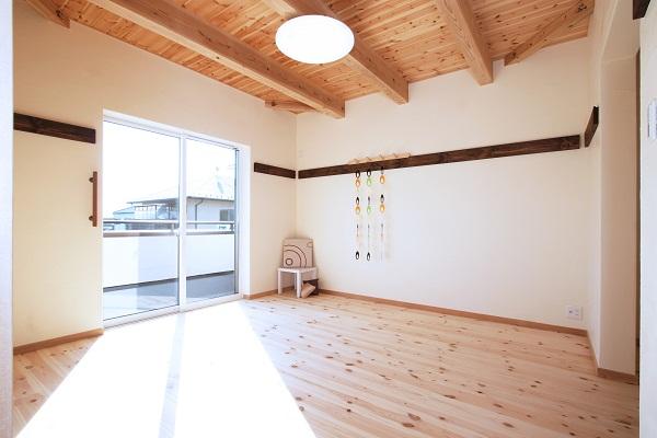 木造住宅と露出